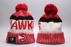 Шерстяная вязаная шапка футбольного клуба Hawks (NFL) с помпоном