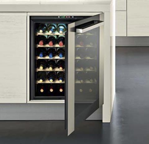 Винный шкаф indel B BI36 Home (две температурные зоны)
