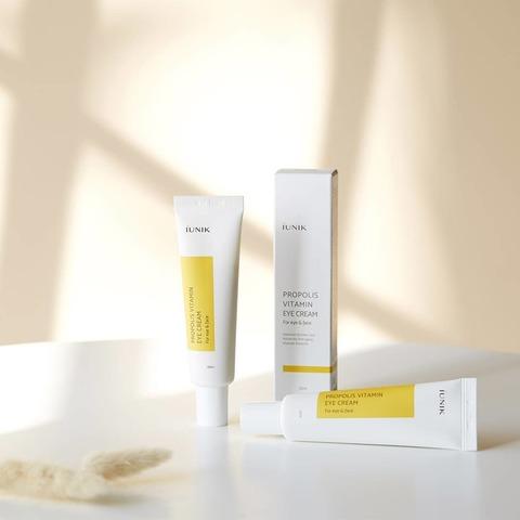 Крем для кожи вокруг глаз с прополисом, 30 мл / Iunik Propolis Vitamin Eye Cream
