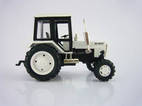 Tractor MTZ-82 Belarus metal white 1:43 Agat Mossar Tantal