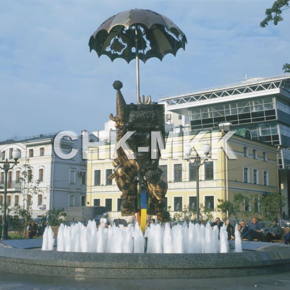Фонтан на Цветном бульваре из гранита Возрождение (фото №1)