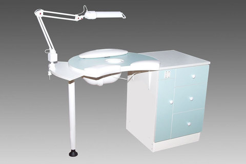 Маникюрный стол А-1