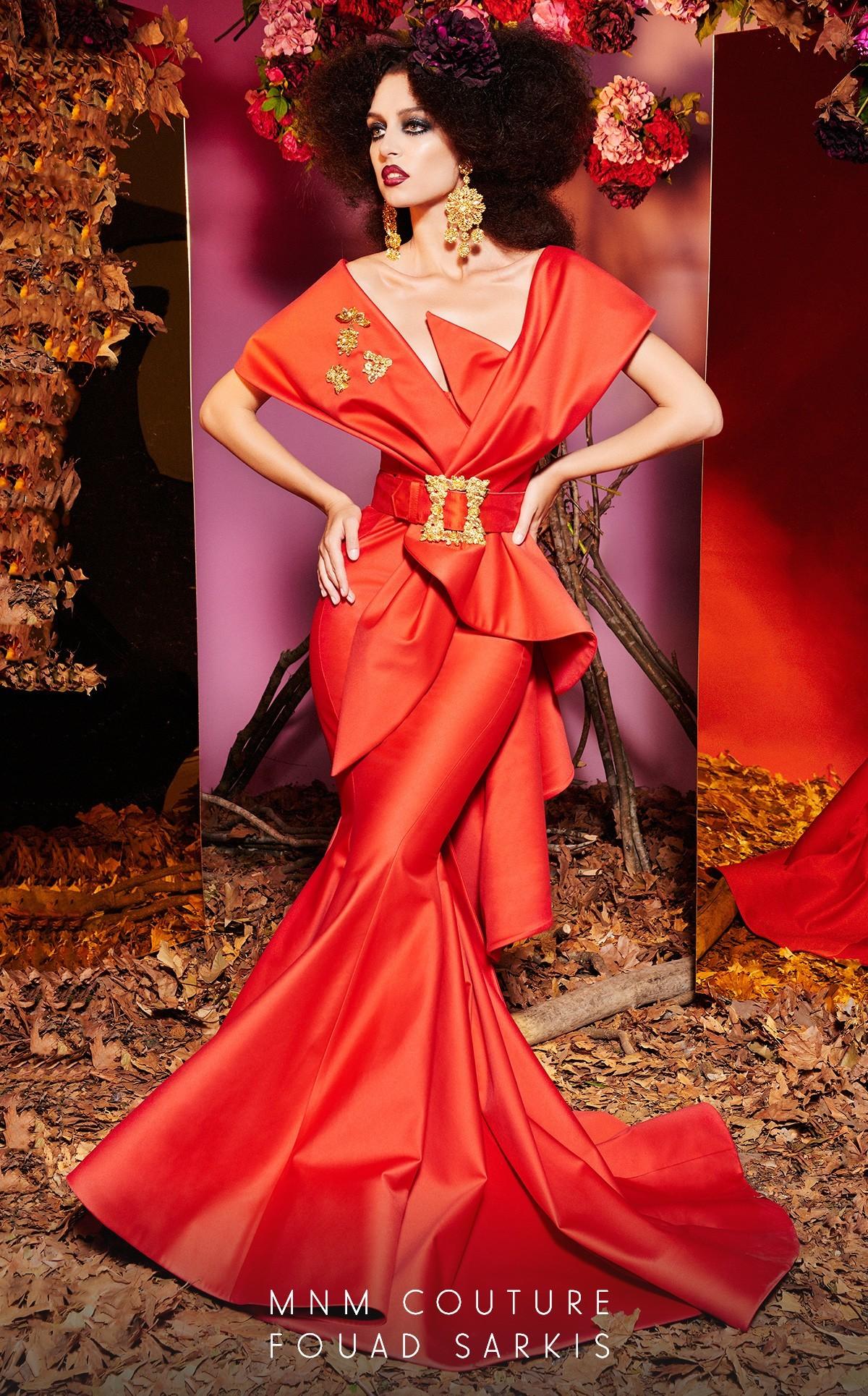 Simone 24281 Платье длинное,облегающее со шлейфом
