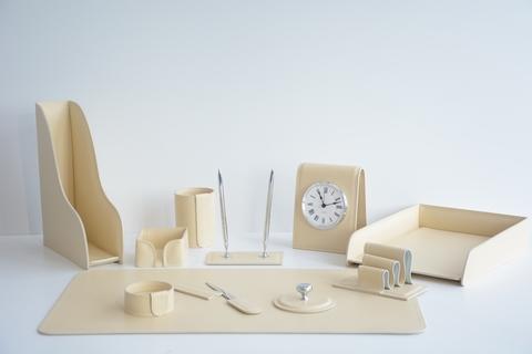 Настольный набор 11 предметов из кожи цвет слоновая кость №41
