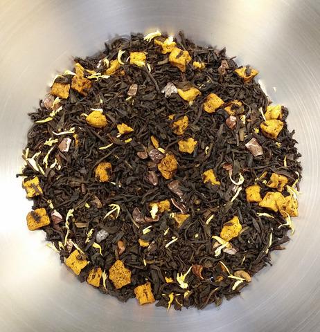 черный чай Трюфельное лукошко с яблоком и васильками