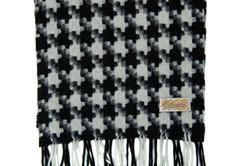 Шерстяной шарф, мужской с узором черно-белый 30591