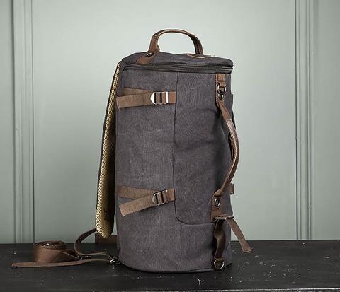 Удобная сумка рюкзак с ремнем на плечо