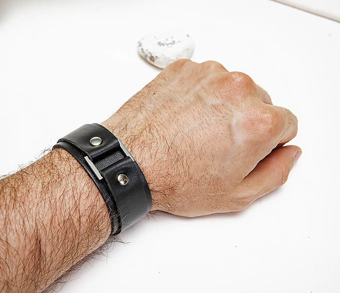 BL799-1 Кожаный браслет напульсник ручной работы фото 04