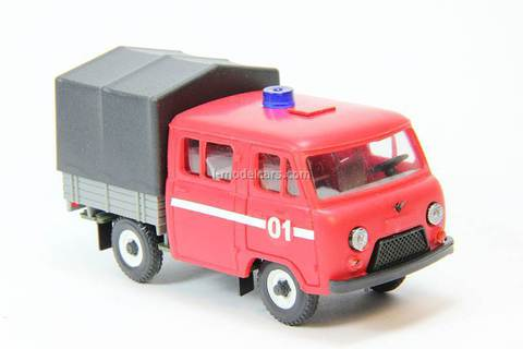 UAZ-39094 Farmer board with awning Firefighter Agat Mossar Tantal 1:43