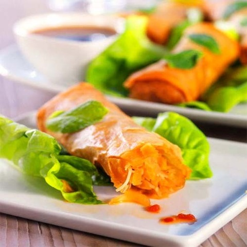 https://static-eu.insales.ru/images/products/1/1325/38356269/vegetable_spring_rolls.jpg