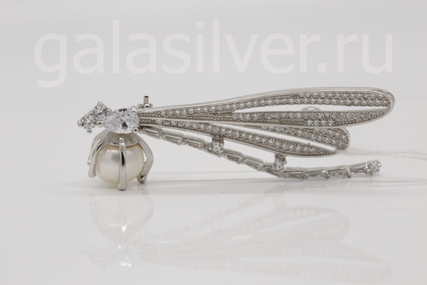 Брошь с жемчугом и фианитом из серебра 925