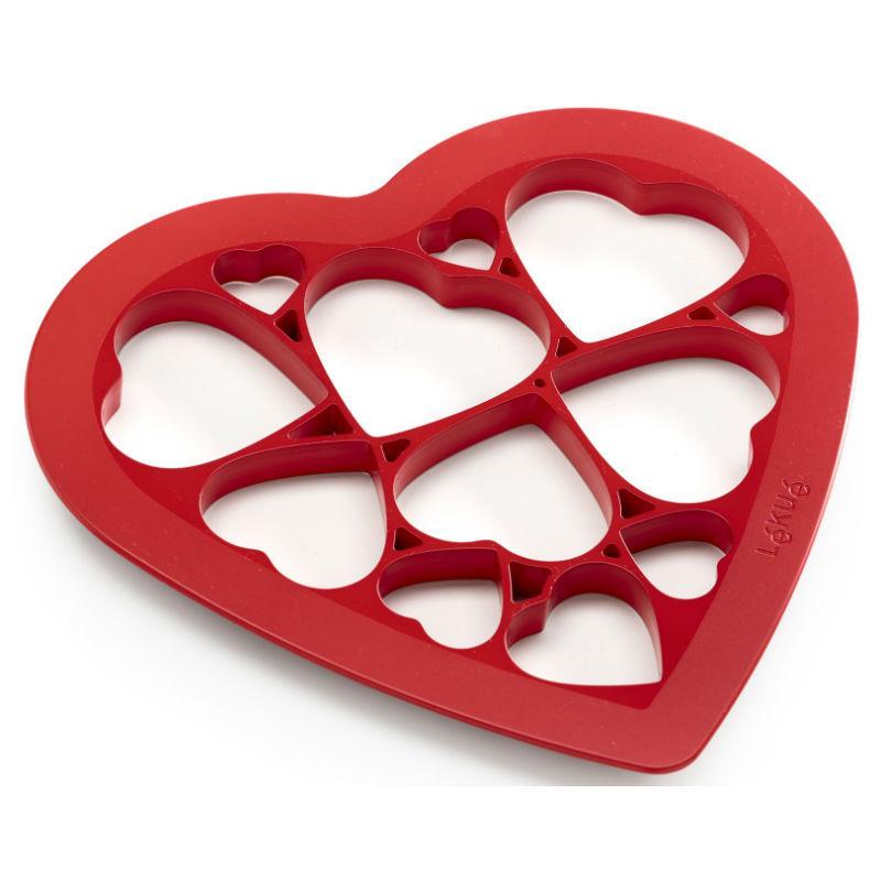 Кухонные принадлежности и аксессуары Форма для выпечки печенья Сердце 17f28768599adb93f16e034027b6a90d.jpg