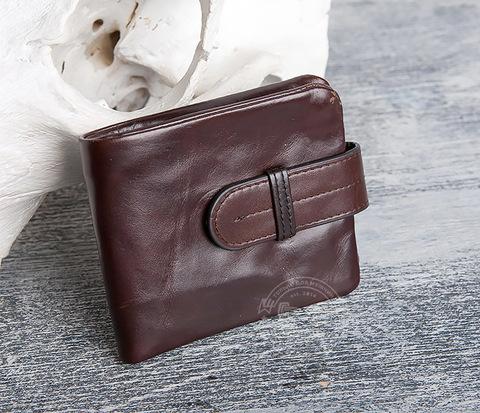 Мужское портмоне с отделением для карт и монетницей