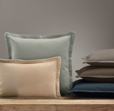 Custom Brushed Cotton Twill Flanged Pillow Cover