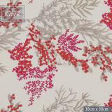 Вышитые полевые цветы в оттенках терракота и пурпурного на бежевом