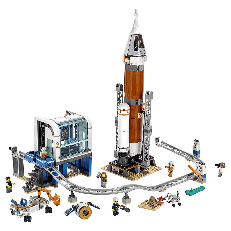 Конструктор LEGO City Space Port Ракета для запуска в далекий космос и пульт управления запуском 60228