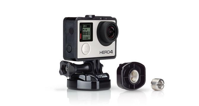 Крепление-адаптер для стойки микрофона GoPro Mic Stand Adapter (ABQRM-001) с камерой вид сбоку