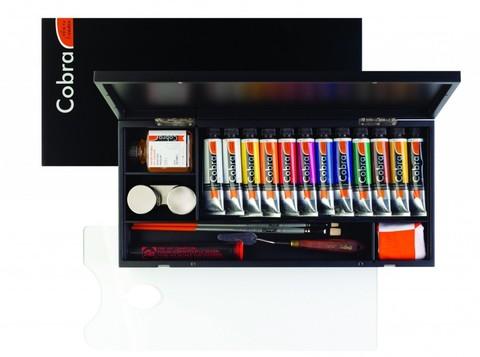 Набор водорастворимых масляных красок Cobra Artist Подарочный 12 цветов в тубах по 40 мл + аксессуары в деревянной коробке