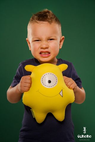 Подушка-игрушка «Монстрик желтый»-2