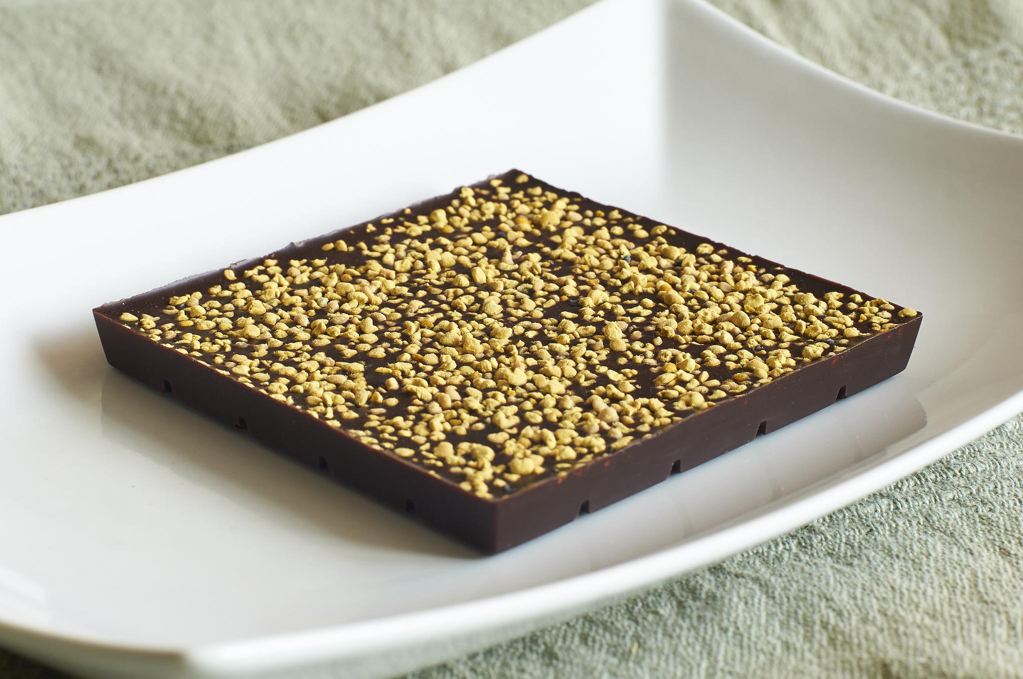 Шоколад с цветочной пыльцой