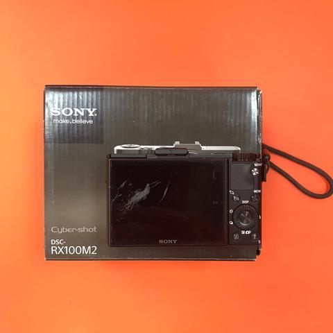 Sony Cyber-shot RX100 II Царапина на дисплее  Комиссия