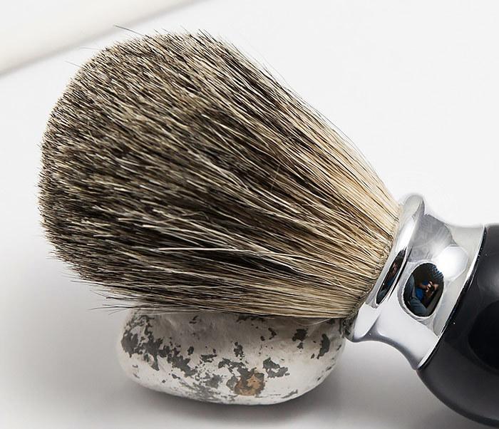 RAZ303-1 Помазок для бритья с рукояткой темно-синего цвета фото 03