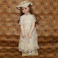 Кукла фарфоровая коллекционная Marigio Adelina