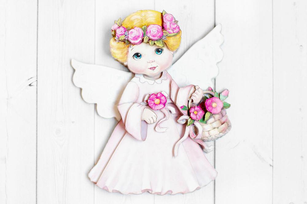 Ангел в розовом - готовая работа, фронтальный вид.