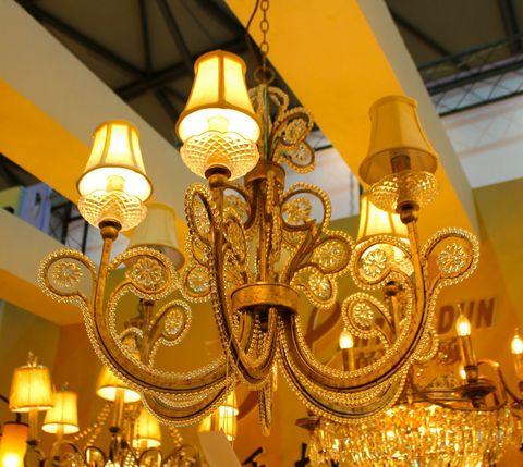 vintage chandelier 03-10 ( by Funky Vintage )
