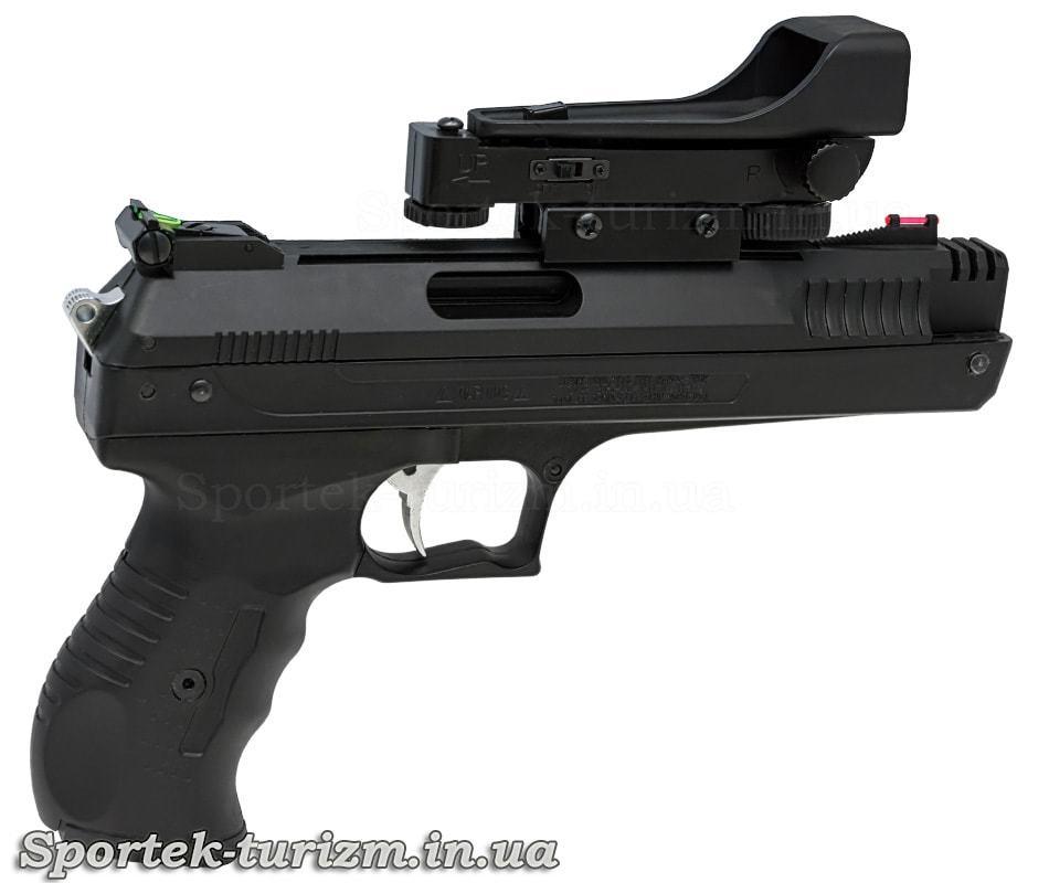 Вид справа на Beeman P17 - пружинно-поршневой пневматический пистолет