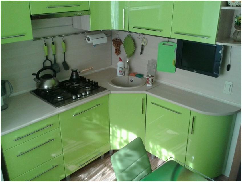 фото гарнитура для маленькой кухни фото