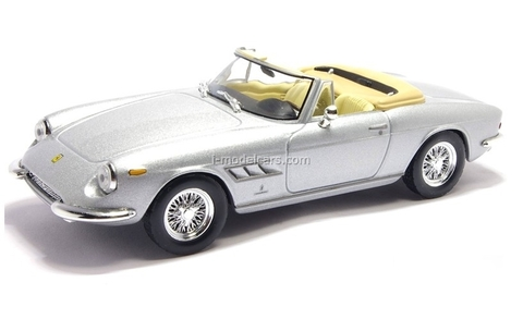 Ferrari 330 GTS gray 1:43 Eaglemoss Ferrari Collection #40