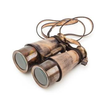 Бинокль в деревянной коробке