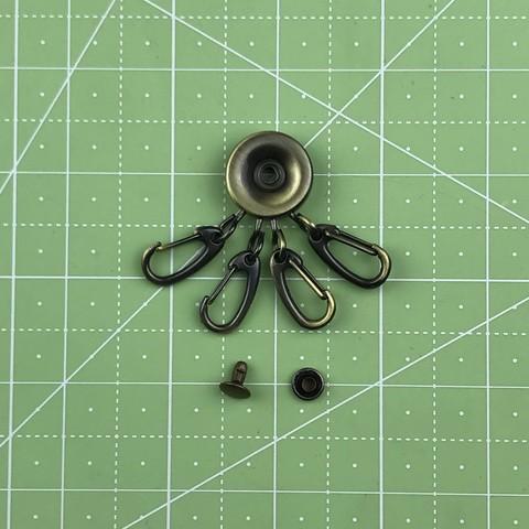 Карабины для ключницы