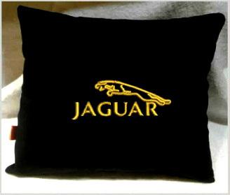 Подушка автомобильная с логотипом JAGUAR