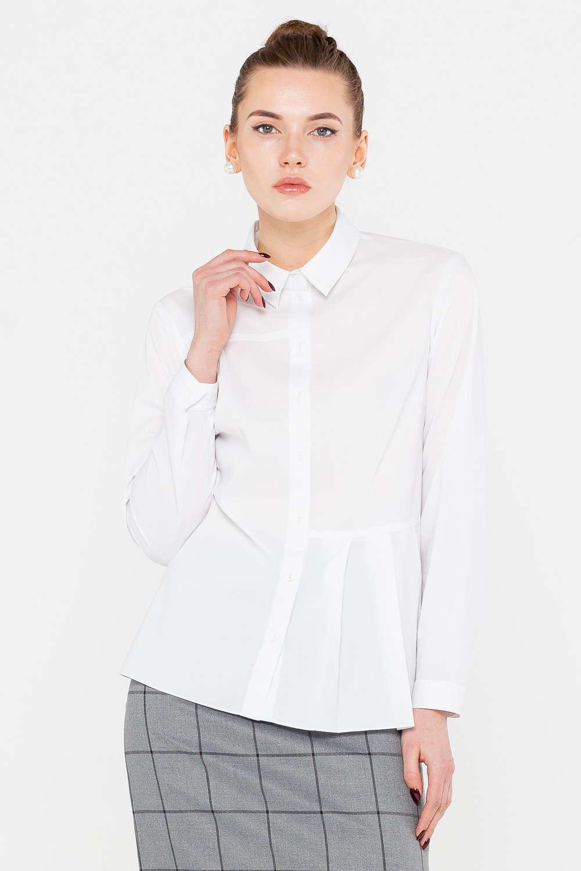 Блуза Г687-736 - Классика не должна быть скучной! Белая блуза приобрела запоминающийся дизайн благодаря необычным асимметричным защипам на талии. Такой дизайнерский ход подчеркнул фигуру и сформировал правильные пропорции. Модель с аккуратным воротником хорошо сочетается с любыми жакетами. Маломнущаяся ткань гарантирует аккуратный внешний вид в течение всего дня.