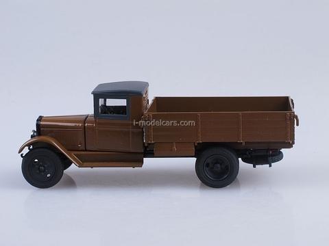 ZIS-2 AMO-2 board brown 1:43 Nash Avtoprom