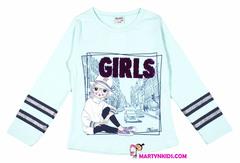 851 футболка девушка