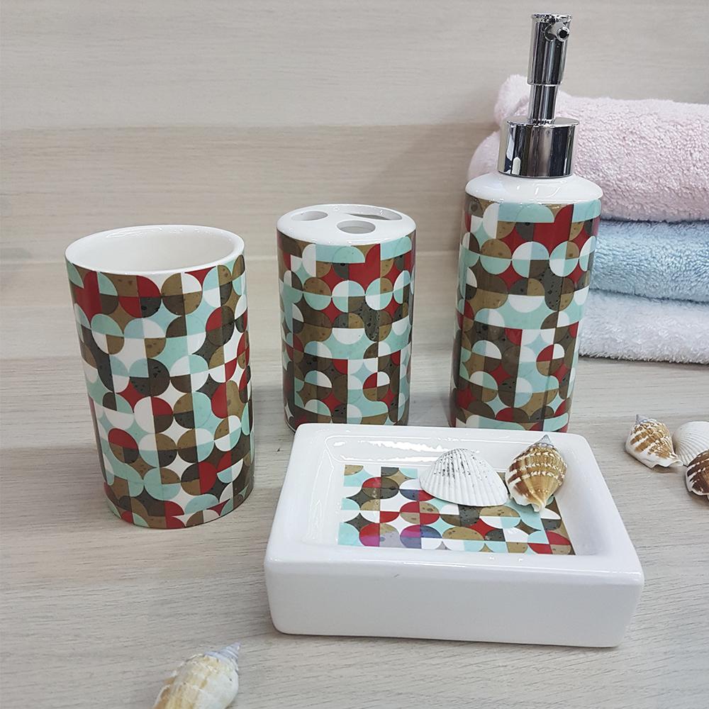 Ванный набор, керамика, белый с геометрическим принтом.