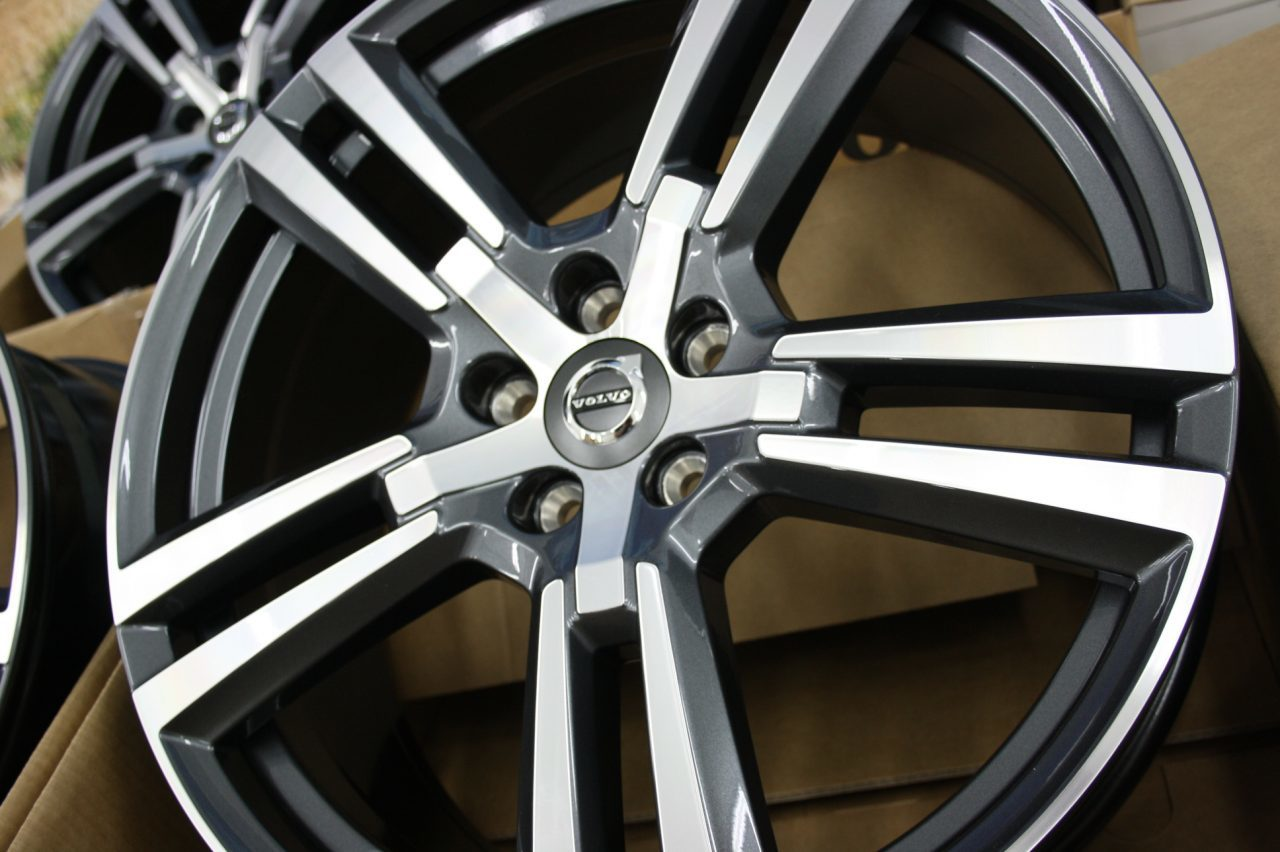Диск колесный 20x8 5-Double Spoke Tech Black Diamond