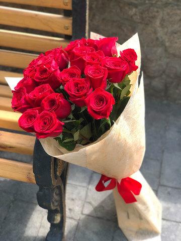 25 эквадорских красных роз 80 см