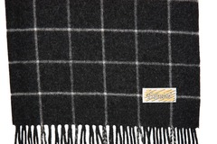 Шерстяной шарф черный в клетку 30421