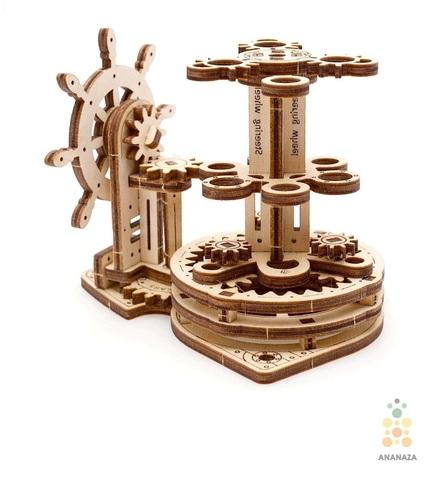 Деревянный конструктор Штурвал-Органайзер Ugears механический 3D пазл из 51 детали