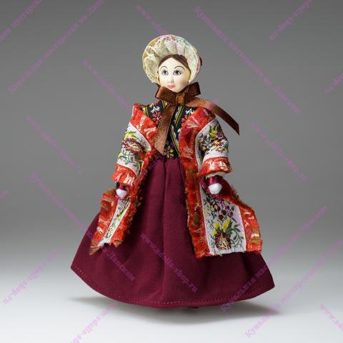 Кукла в капоре с шалью