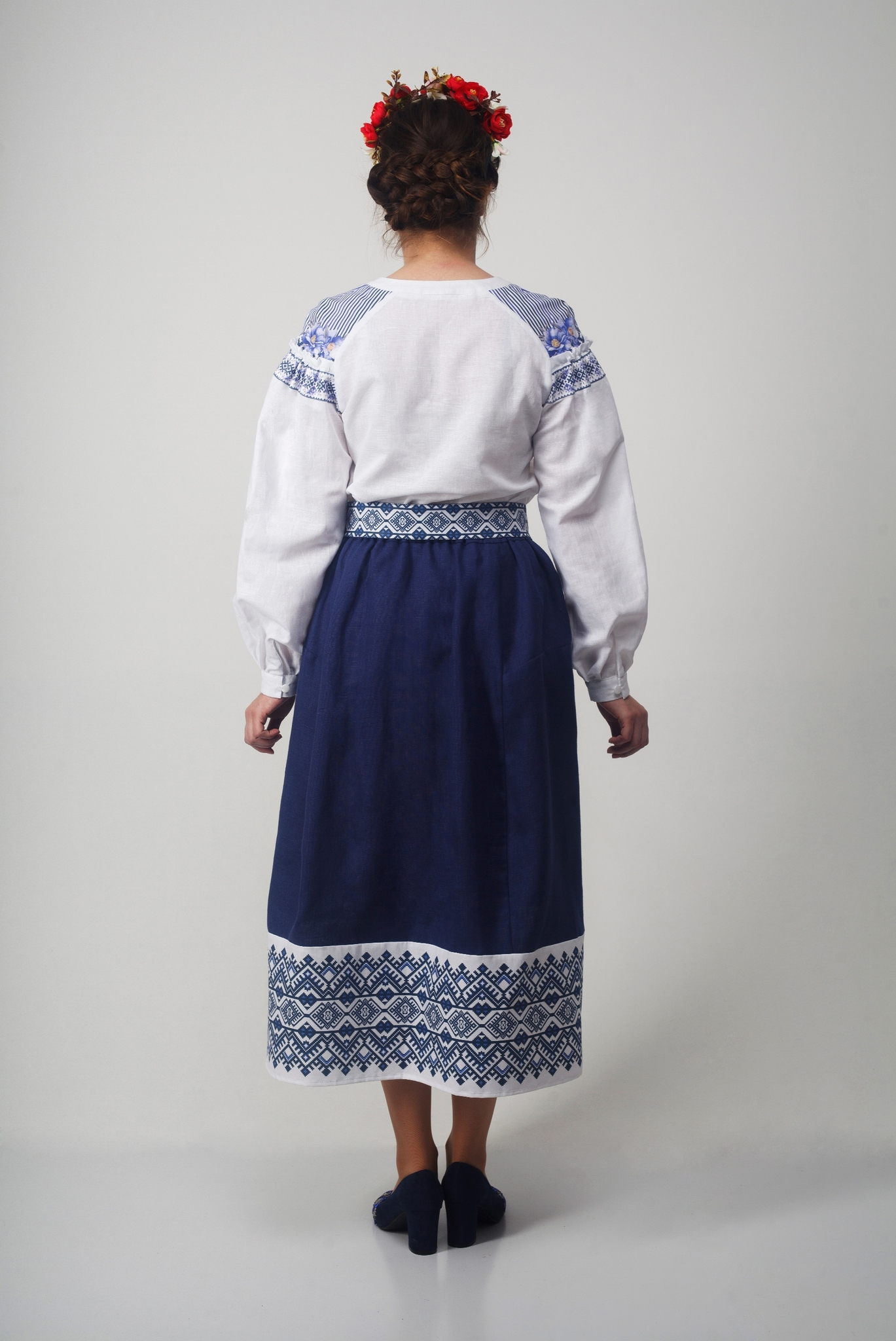 Блуза Дивная 01 вид сзади