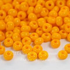 Бисер 5/0 Preciosa непрозрачный, желто-оранжевый
