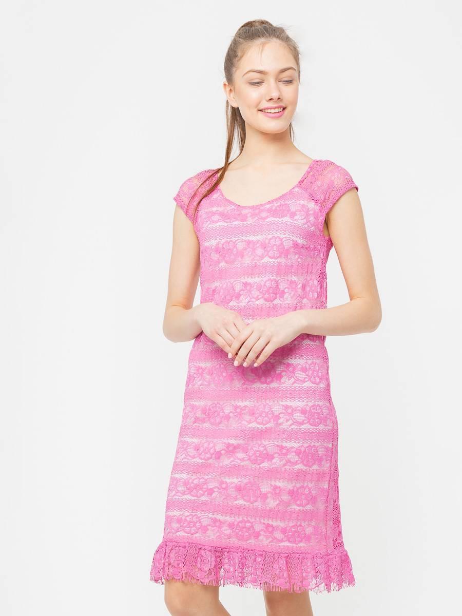 Платье З018-613 - Однотонное кружевное розовое платье особенно шикарно подойдет для летнего отдыха, романтического свидания, для коктельных заведений или особенного наряда для вечернего выхода.Платье из мягкого, пластичного кружева на трикотажной подкладке. Спущенная линия плеча, по низу присборенный волан придающий легкости и игривости образу. В нем вы будете неотразимы летом.Рюши, кружево, легкие ткани, мягкий силуэт, нежный розовый оттенок – особенность романтического стиля этого платья.