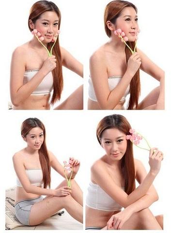 Роликовый массажер для лица (12 роликов) имеет удобную ручку и по 6...