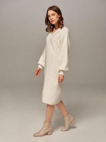 Женское платье белого цвета из ангоры - фото 2