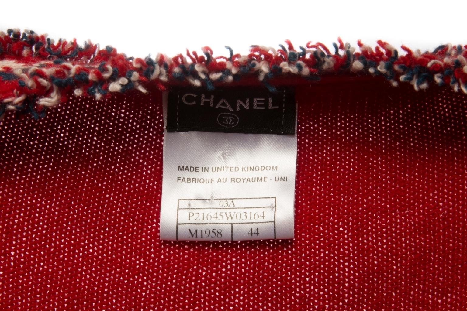 Роскошный комплект двойка из кашемира красного цвета от Chanel, 44 размер.